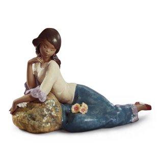 リヤドロ 人形  『瞑想  01012418 MEDITATIVE MOMENT』