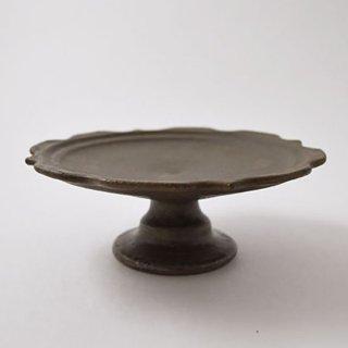 彫刻コンポート皿 18センチ サビ釉 信楽  [古谷浩一]
