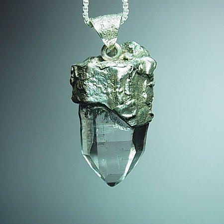 ヒマラヤ水晶ペンダント Wood- Drop