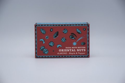 <img class='new_mark_img1' src='https://img.shop-pro.jp/img/new/icons1.gif' style='border:none;display:inline;margin:0px;padding:0px;width:auto;' />DADA NUTS BUTTER 「ORIENTAL NUTS -アーモンド <maple & pepper>-」