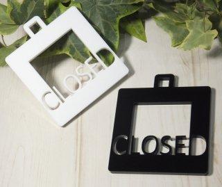アクリル製 サインプレート「CLOSED」 選べるカラー ホワイト&ブラック クローズ ドアプレート 壁掛け 白黒