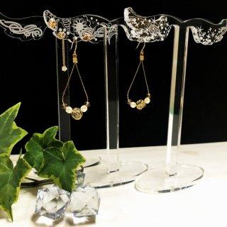 おしゃれな天使の羽根モチーフ ピアススタンド アクセサリースタンド 選べるデザイン3種類 ディスプレイ 撮影用