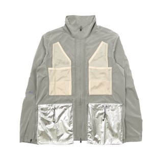 MULTI POCKETS JACKET METAL DETAIL