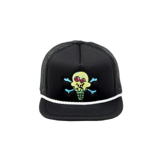 CROSS BONES TRUCKER HAT