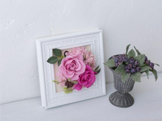 ピンクのバラのプリザーブドフラワー フレームアレンジ 花絵S(PINK 2)