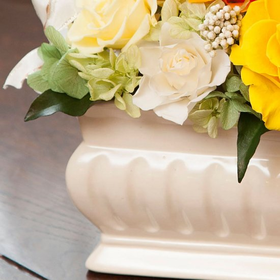 黄色のバラのプリザーブドフラワーアレンジメント メアリー(イエロー) ※ギフトタイプ3