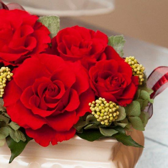 赤いバラのプリザーブドフラワーのフラワーアレンジメント MARY(RED)