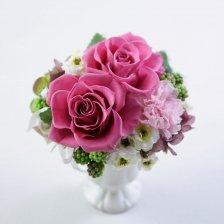 ピンクのバラとカーネーションのプリザーブドフラワーアレンジ  フルール