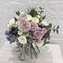 シャビーシックなオールドローズ 高級造花のスパイラルフラワーブーケ