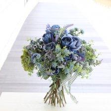 シックなブルーローズ 高級造花のクラッチフラワーブーケ