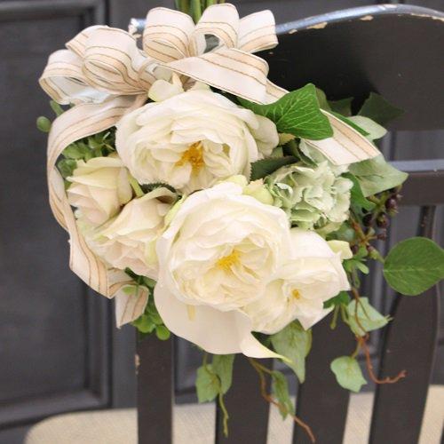 白バラとカラー 高級造花のおしゃれなスワッグ