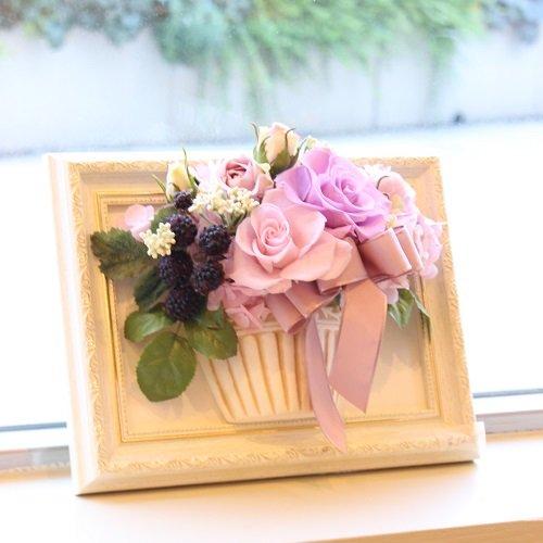 相澤紀子オリジナル フレームフラワー「花絵®」クリスタルピンクのバラの壁掛けアレンジ