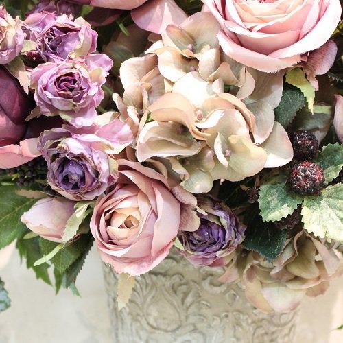 豪華なパープルローズのアレンジメント 高級造花