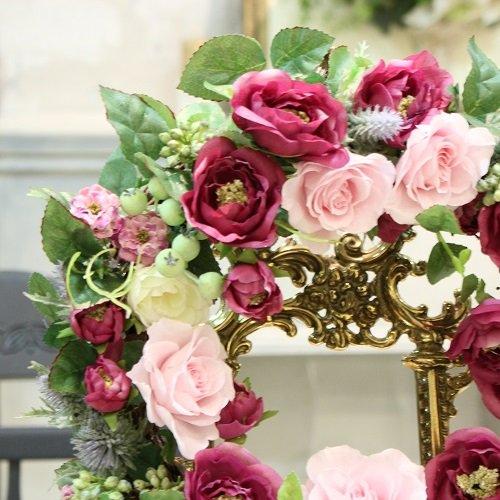 ワインレッドとピンクのおしゃれなフラワーリース プリザーブドフラワー