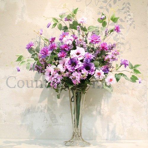 テッセンとアネモネの 大きな投げ入れのアレンジメント 高級造花
