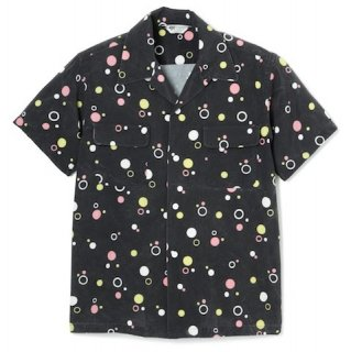 <img class='new_mark_img1' src='//img.shop-pro.jp/img/new/icons20.gif' style='border:none;display:inline;margin:0px;padding:0px;width:auto;' />COLABLE SHORT SLEEVE SHIRT BLACK