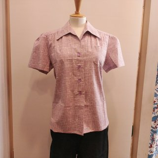 <img class='new_mark_img1' src='//img.shop-pro.jp/img/new/icons20.gif' style='border:none;display:inline;margin:0px;padding:0px;width:auto;' />Lilac Work Blouse
