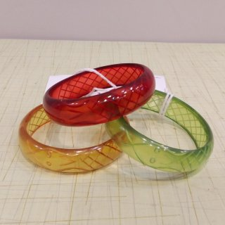 <img class='new_mark_img1' src='//img.shop-pro.jp/img/new/icons41.gif' style='border:none;display:inline;margin:0px;padding:0px;width:auto;' />【20%off】Sally Snake Charmer Bangle