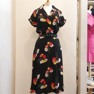 <img class='new_mark_img1' src='//img.shop-pro.jp/img/new/icons6.gif' style='border:none;display:inline;margin:0px;padding:0px;width:auto;' />40s Gracie Wrap Dress