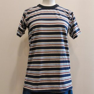 <img class='new_mark_img1' src='//img.shop-pro.jp/img/new/icons6.gif' style='border:none;display:inline;margin:0px;padding:0px;width:auto;' />Blue Stripes T-Shirt