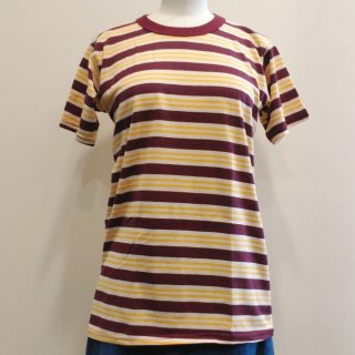<img class='new_mark_img1' src='//img.shop-pro.jp/img/new/icons6.gif' style='border:none;display:inline;margin:0px;padding:0px;width:auto;' />Red Stripes T-Shirt