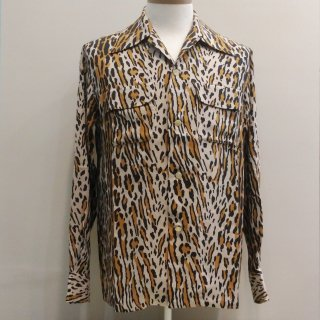 <img class='new_mark_img1' src='//img.shop-pro.jp/img/new/icons6.gif' style='border:none;display:inline;margin:0px;padding:0px;width:auto;' />40's Style Leopard Rayon Shirt L/S