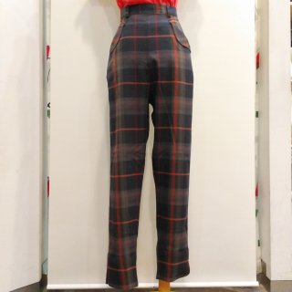 <img class='new_mark_img1' src='//img.shop-pro.jp/img/new/icons6.gif' style='border:none;display:inline;margin:0px;padding:0px;width:auto;' />Plaid Wing Pants