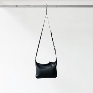 20/80 - shrink leather small shoulder bag (BK)