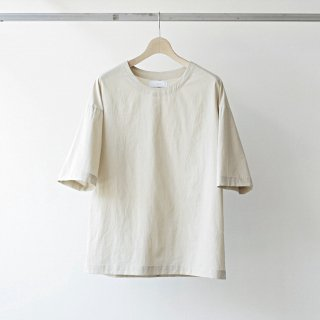 <img class='new_mark_img1' src='https://img.shop-pro.jp/img/new/icons54.gif' style='border:none;display:inline;margin:0px;padding:0px;width:auto;' />THEE / oversize TEE (BEIGE)