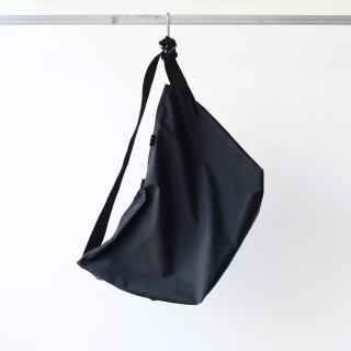 20/80 - RIP STOP NYLON MESSENGER BAG (BLACK)