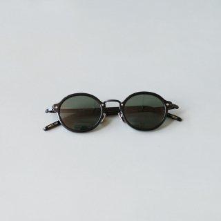 kearny - susan (black × black sunglasses)