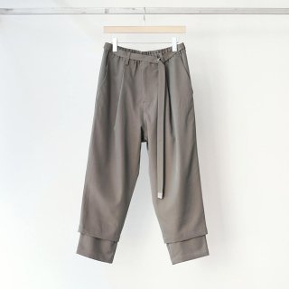 prasthana - 残響 belted trousers (gray iridescent)