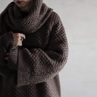 SOUMO - SLEEVE STOLE (LIGHT BROWN)