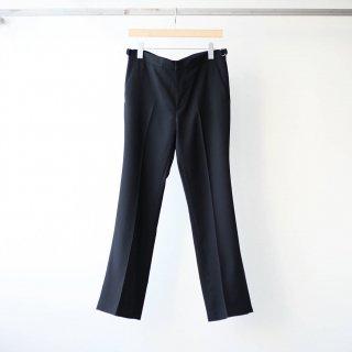 THEE - beltless flare pants (black)
