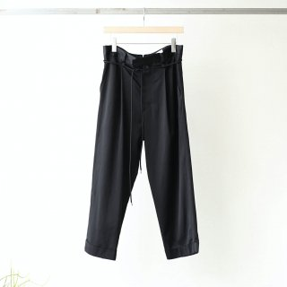 prasthana - glossy twill lazy slacks (black)