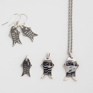 魚 ネックレス