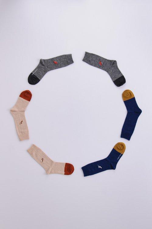 wool 〜sori-suberi〜 middle socks