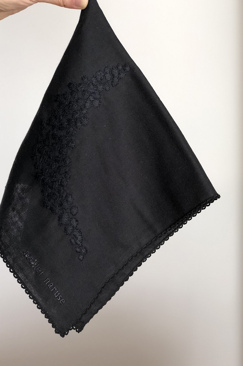 handkerchief ~moon~ in FORMAL / black