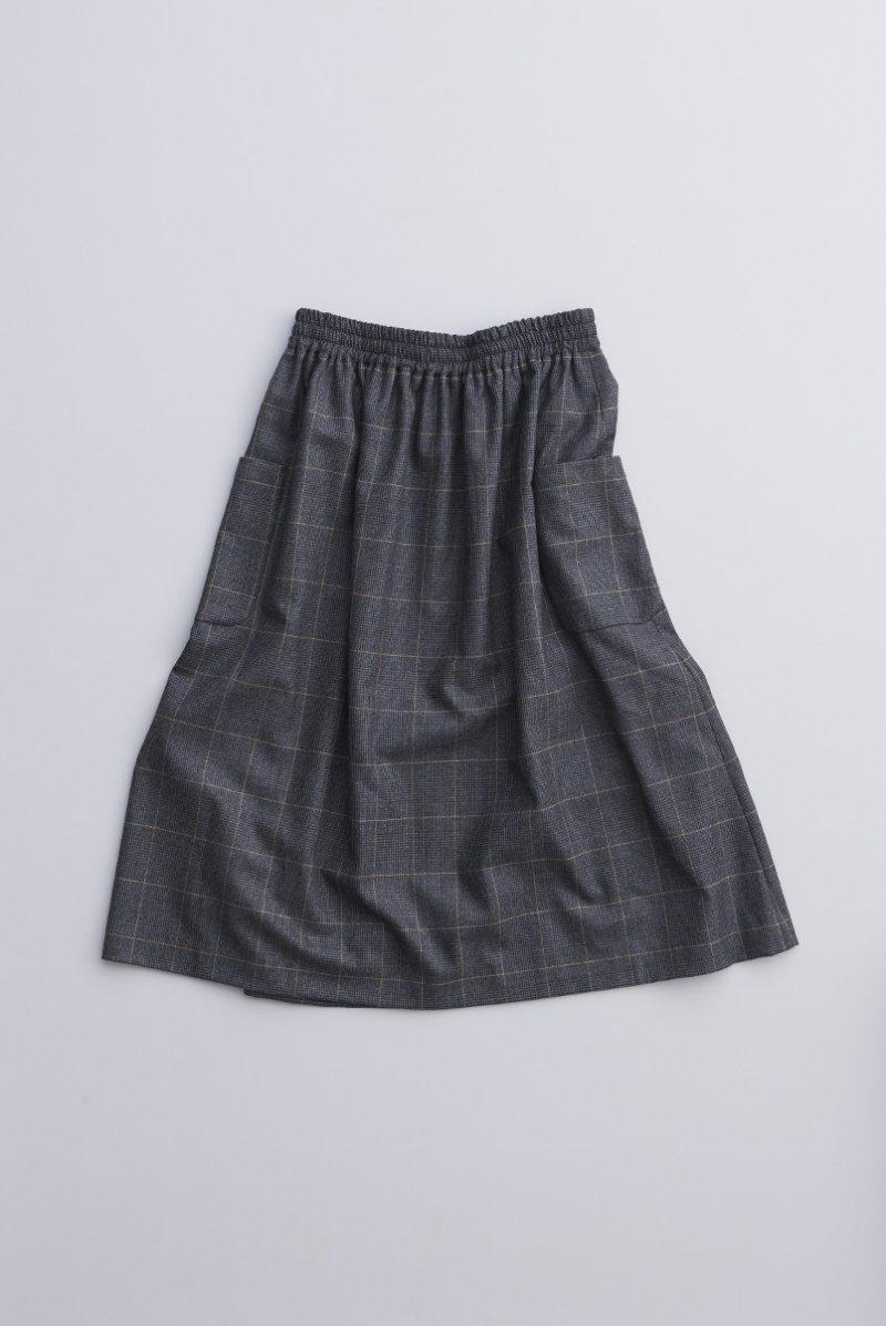 wool check  gather skirt