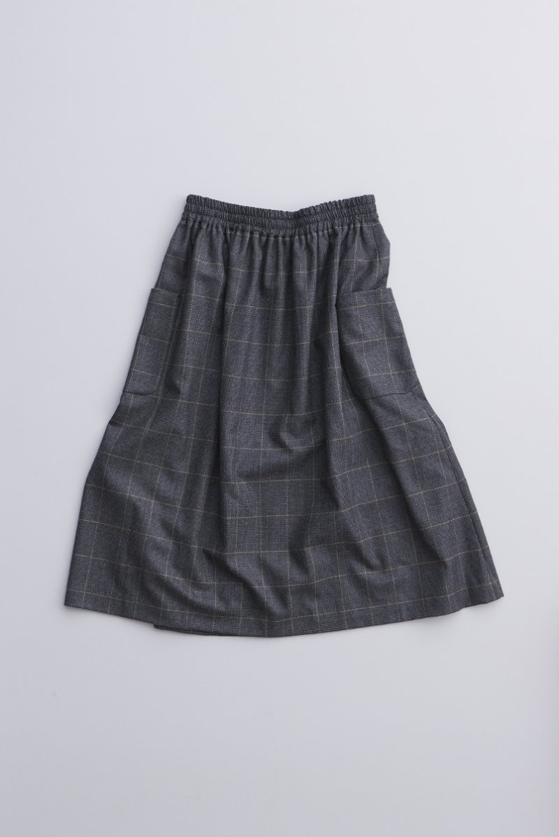 wool check  gather skirt