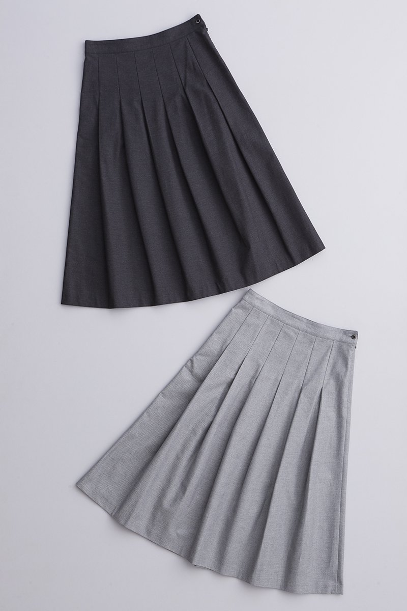 cotton chino tuck skirt