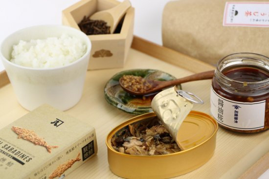 HARUICHIギフトBOX|オイルサバディン、お米、ほうじ茶パック、醤油糀、ピクルス