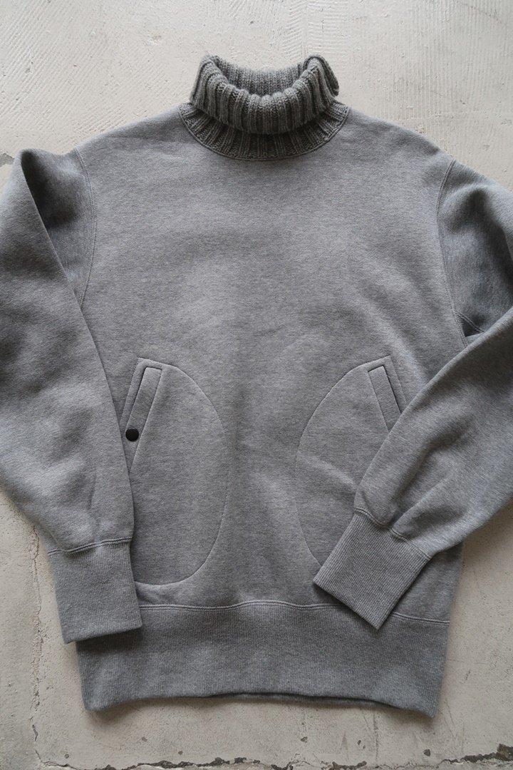 KeyHole KA021 Turtleneck SweatShirt[Gray]