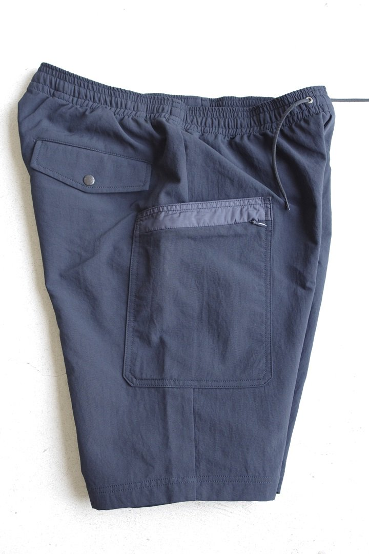 NANAMICA SUDS813 ALPHA DRY EASY SHORTS [NAVY]