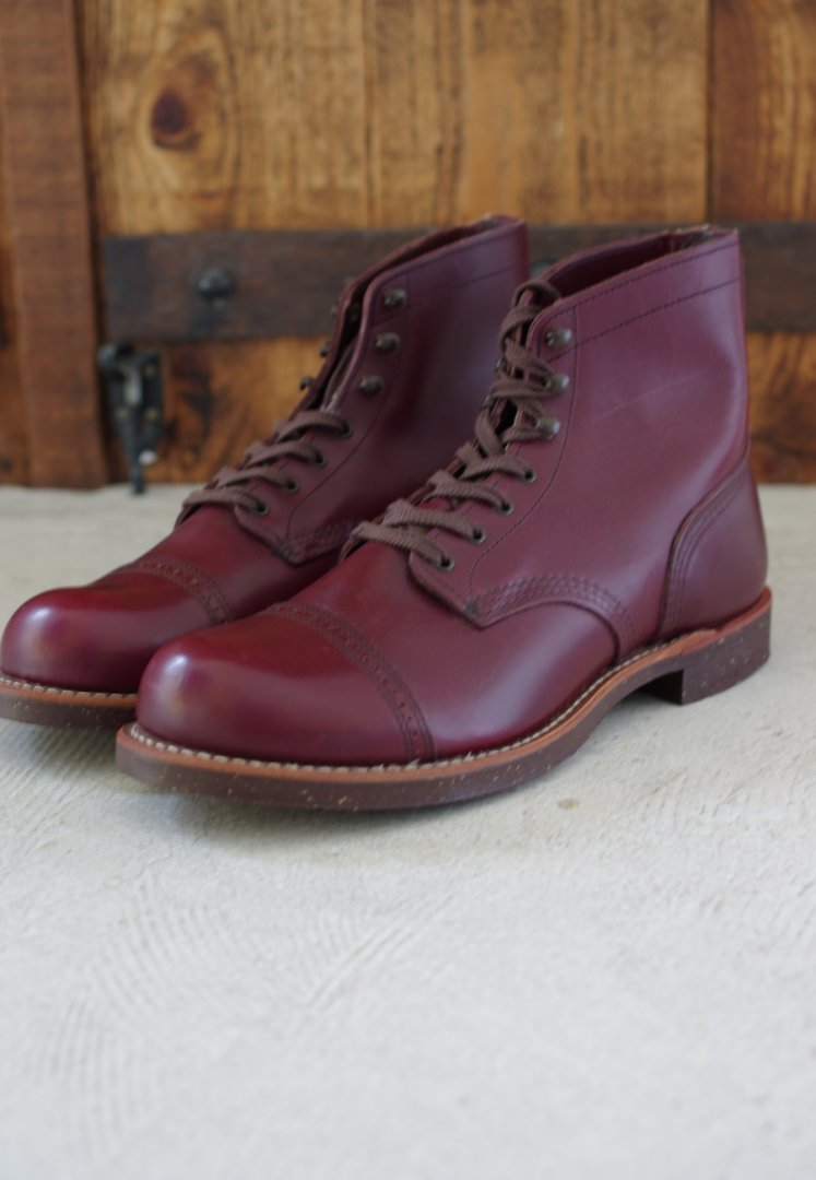 RED WING 08012 Iron Range Munson [BURGUNDY SETTLER]