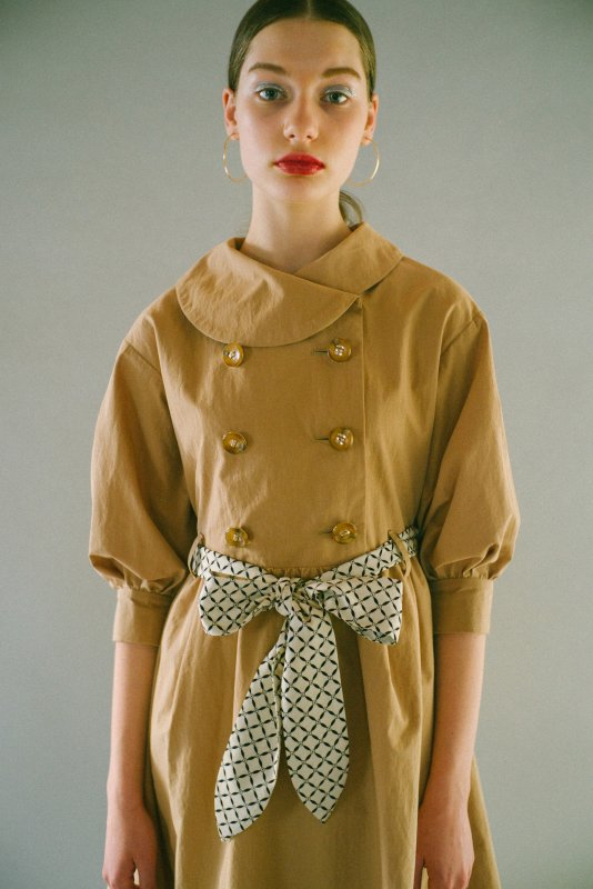 THE TRENCH DRESS WITH SCARF BELT (BEIGE)