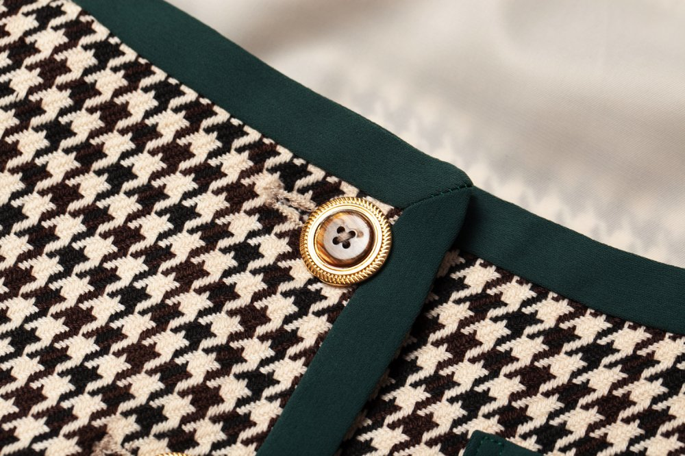 THE HOUNDSTOOTH PATTERN JACKET TOPS