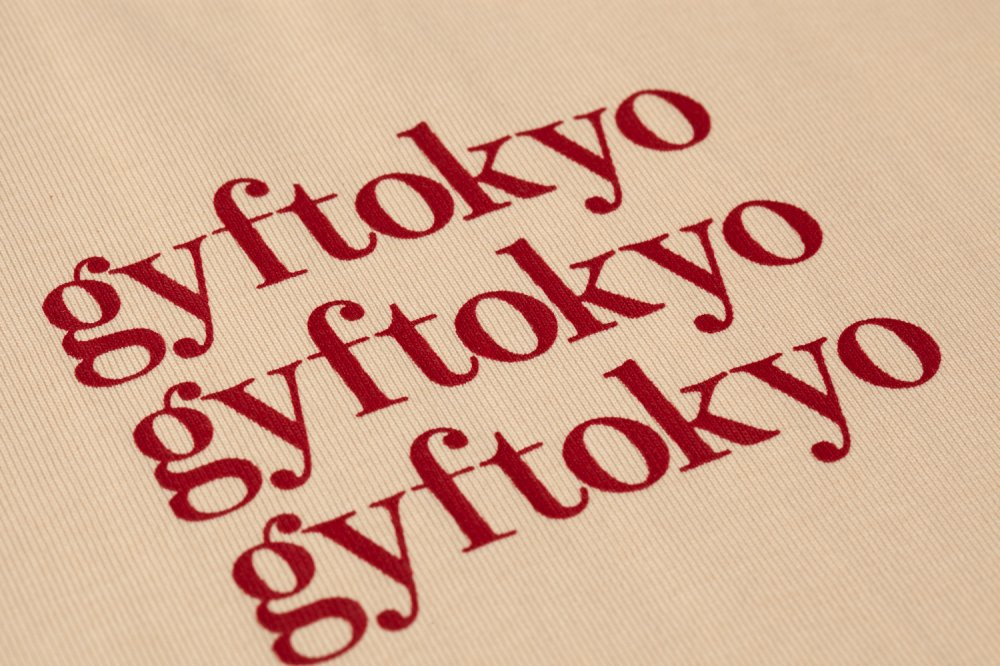 THE OVER SIZED GYF LOGO LONG SLEEVE T-SHIRT (CREAM RED)<img class='new_mark_img2' src='https://img.shop-pro.jp/img/new/icons21.gif' style='border:none;display:inline;margin:0px;padding:0px;width:auto;' />