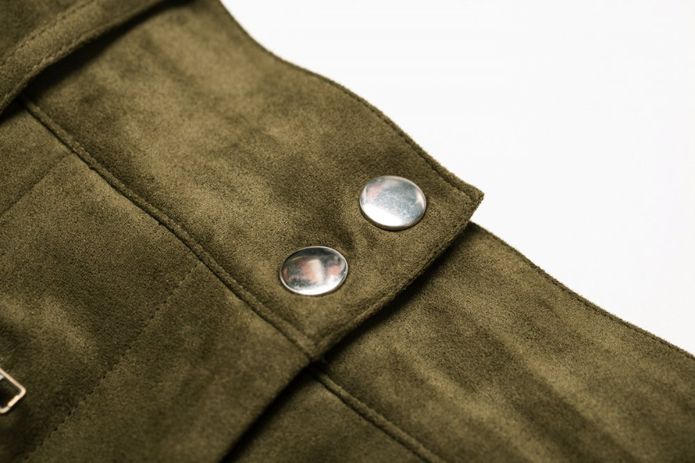 THE FAKE SUEDE LEATHER MINI SKIRT (MOSS GREEN)<img class='new_mark_img2' src='https://img.shop-pro.jp/img/new/icons21.gif' style='border:none;display:inline;margin:0px;padding:0px;width:auto;' />