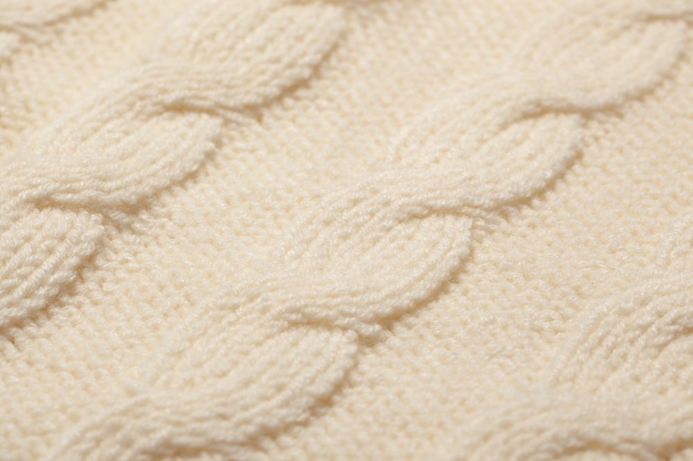 THE DOLMAN SLEEVE CABLE KNIT (WHITE)